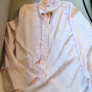Soft pink new with tag bow top with bell sleeves